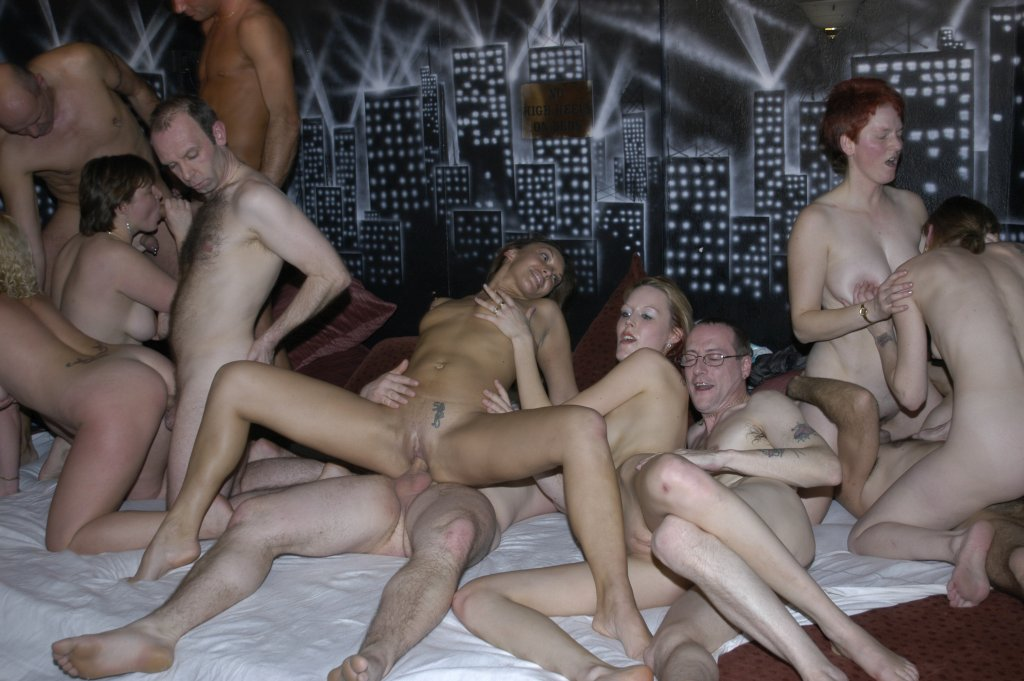 Uk Group Sex 11